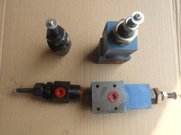 钻机配件节流阀