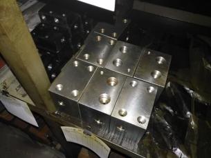 钻柄配件双向液压阀块